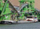 Allereerste grindtransport vanuit werkhaven in Trierveld